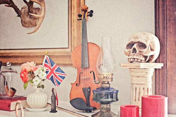 victorian decor, 212 baker street, sherlock holmes party, violin, party decor, halloween party