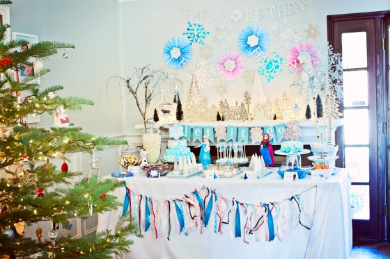 cake pops, cake, Frozen Party decor, dessert table, Elsa and Anna