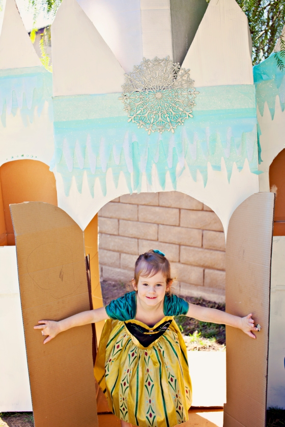 Frozen Birthday Party Cardboard Castle